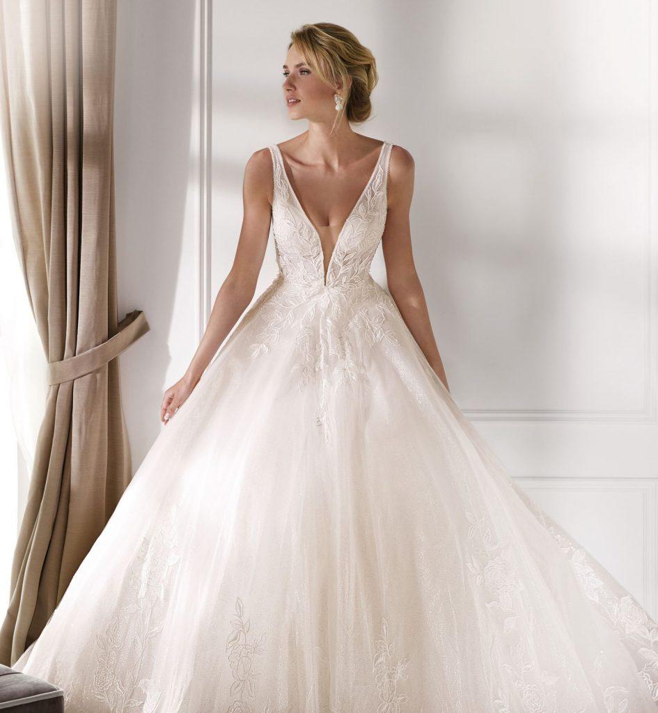 Nicole Spose.Nicole Spose Bliss Bridal Salon Boutique
